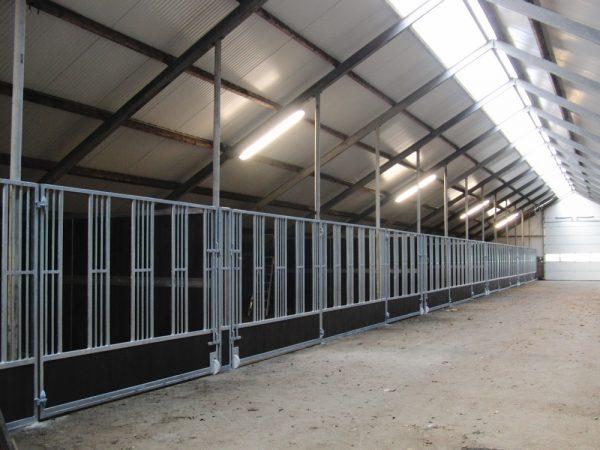 Façade de box élevage Feeding Wall