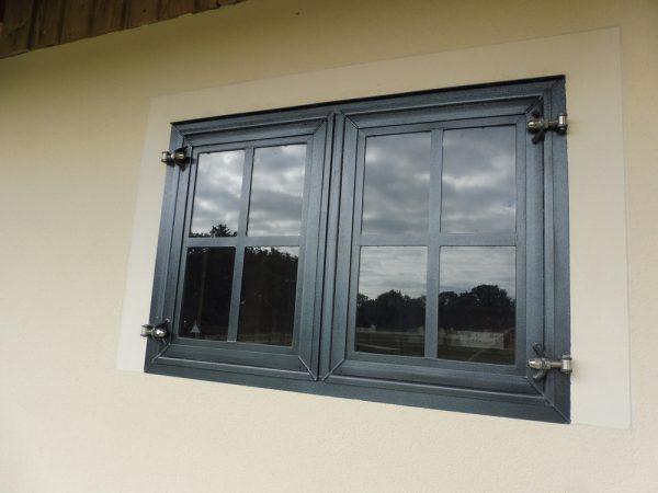 Fenêtre vitrée de box peinture verre feuilleté